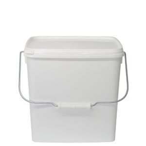 Tunze Container with a contents of 13 l; size for an open 250 l tank: fill lasts for approx. one week. Dimensions: 27,7 x 24,2 x 27 cm