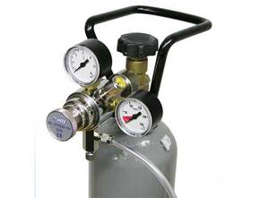 Tunze Co2 Pressure Regulator with fine adjustment, for conventional refillable Co2 cylinders. 7077/3