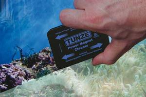 The TUNZE magnetic pane cleaner is used for cleaning aquarium panes. On account of the easing they are corrosion resistant and may remain in the aquarium without any adverse effect on your aquarium biotope. They consist of a lower section with a rough surface and an upper section with a felt or velour surface. Special felt pads are available for acrylic surfaces. The two sections are connected with the retaining cord supplied along with the unit to prevent them falling down. Special precautions have to be made for handling and transportation due to their high magnetic attraction of metal parts and destructive effect on electronic parts.